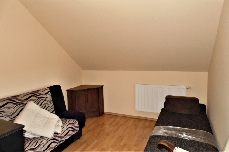 4 Rooms Rooms,2 BathroomsBathrooms,Domy - rynek wtórny,Wynajem,3272